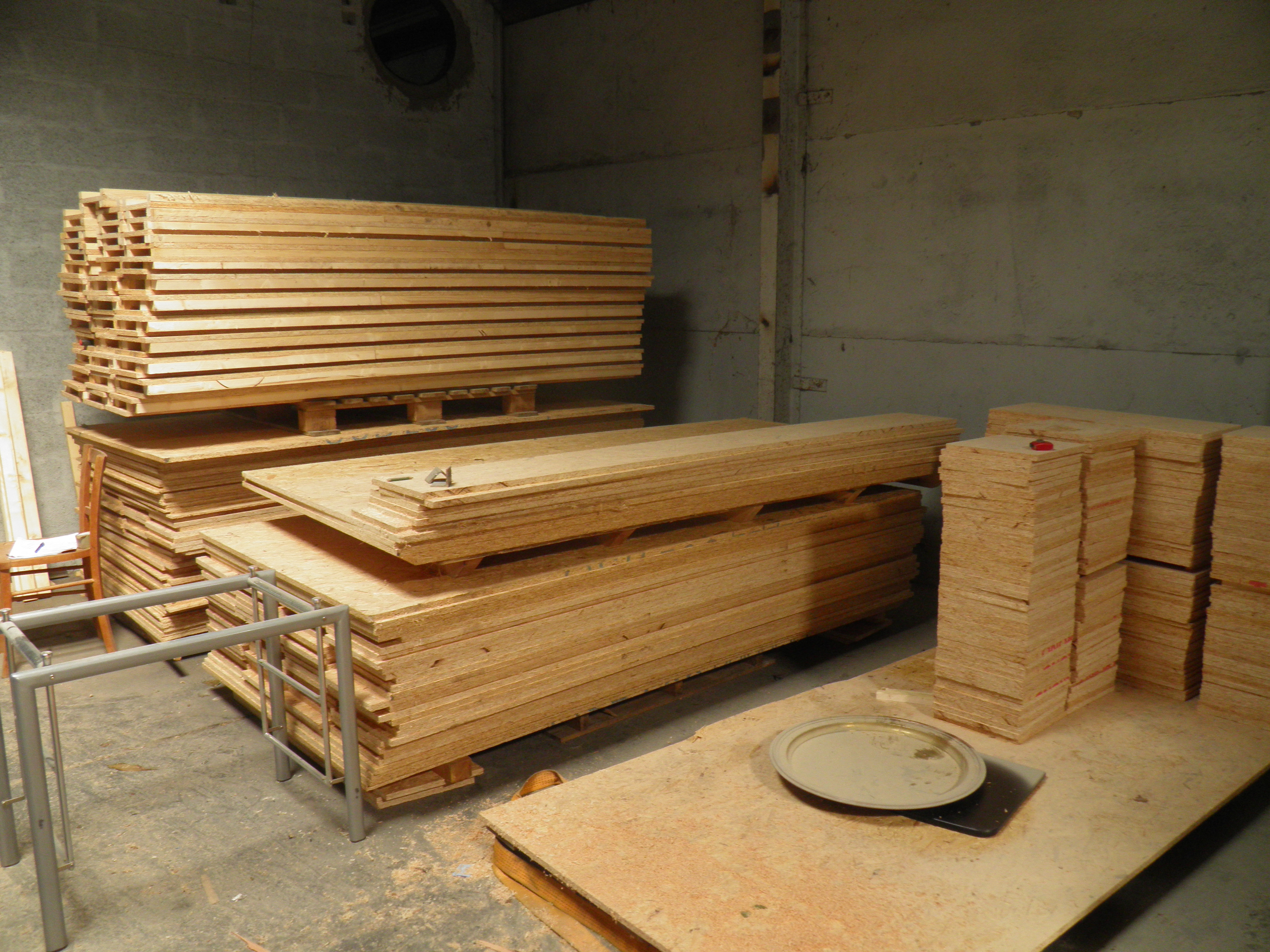 hellomerci construisez votre co maison ronde en bois caner candan. Black Bedroom Furniture Sets. Home Design Ideas